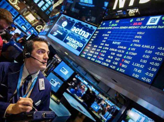 Bursa saham AS pada Pekan ini diawali dengan perdagangan yang bergerak bolak balik