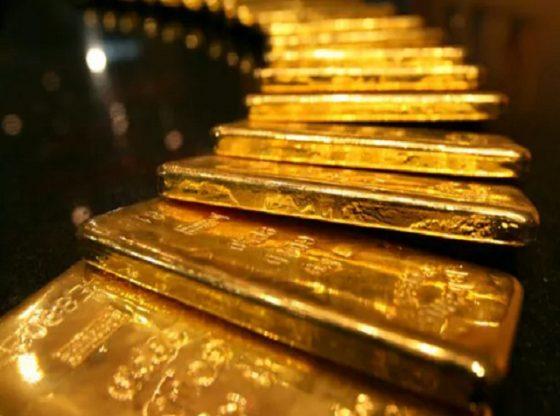 Harga Emas Turun Mengantisipasi FOMC