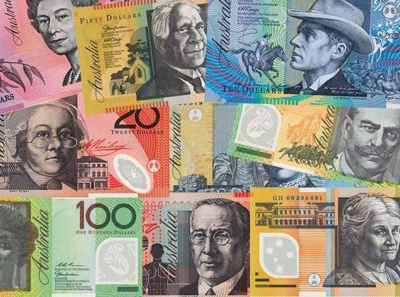 Investor bukukan keuntungan sementara, Aussie diperdagangkan naik oleh kenaikan harga komoditi