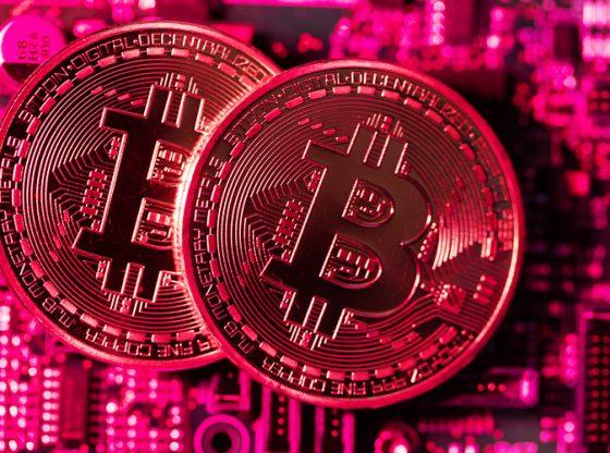 Mata uang kripto mengalami penurunan kembali, setelah Bitcoin tertahan kenaikannya di level resisten. (Lukman Hqeem )