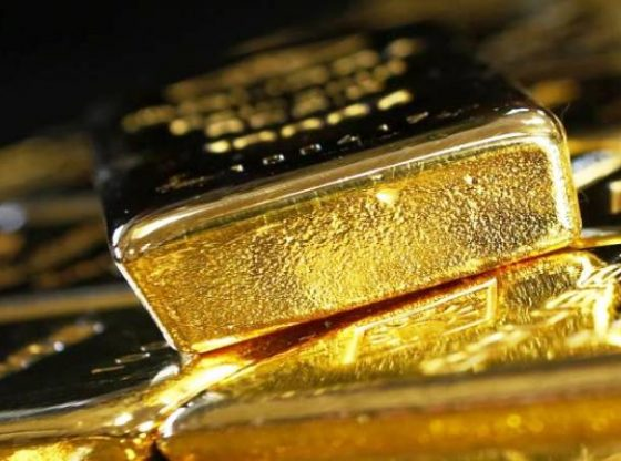 Harga emas bertahan diatas $1200 per troy ons. (Lukman Hqeem)