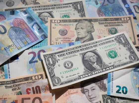 Dolar AS Euro Poundsterling