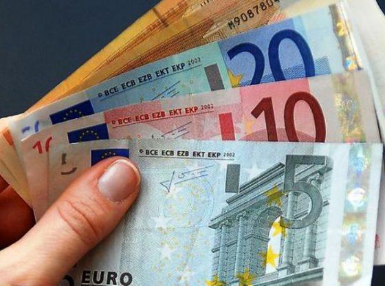 Euro dan Dolar